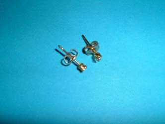 Ear studs Gold fill round 2mm snap tite