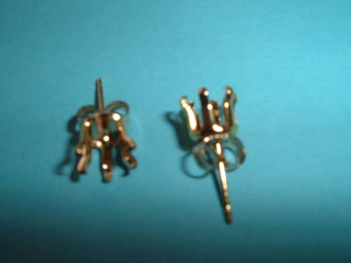 Ear studs gold fill 6mm round snap tite